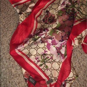 Gucci Bloom Floral Silk Scarf